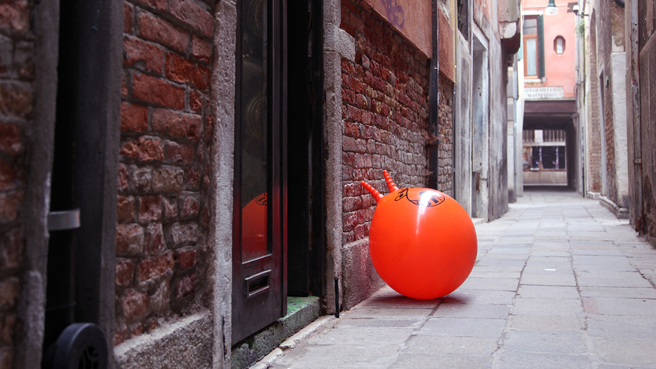 Space Hoppers in Venice